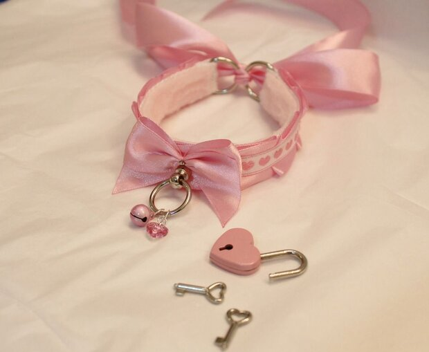 ddlg meaning and  accessories
